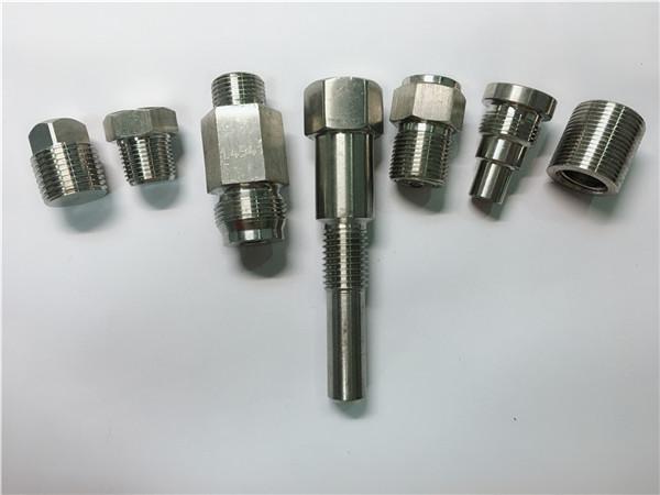 fastener baja stainless steel oem kualitas tinggi digawe saka mesin cnc