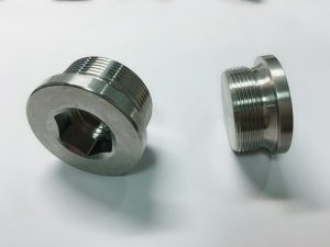 bolt dering stainless steel digawe kanthi cincin utama ss