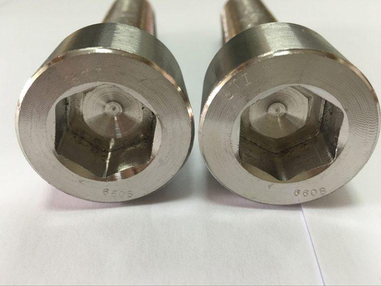 produsen pengikat DIN 6912 bolong kepala hexagon titanium
